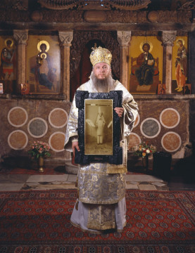 IRWIN Bishop Metodij Zlatanov, Metropolit of the Macedonian Orthodox Church, with Hugo Ball 2008 / 2010 Courtesy Galerija Gregor Podnar, Berlin