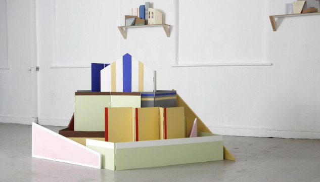 Jenny Steele, When buildings stand up/when buildings fall down, 2013.
