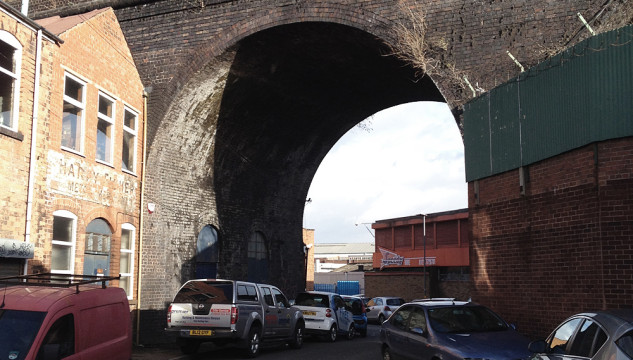 Photo of viaduct by Rich White