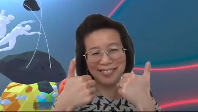 Cecilia Wee giving a thumbs up